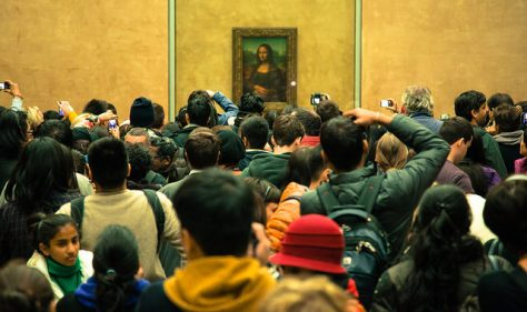 This is what it is like when you're standing looking at the Mona Lisa in the Louvre.  Photo by Stephen R Melling, Flickr, CC BY-ND 2.0